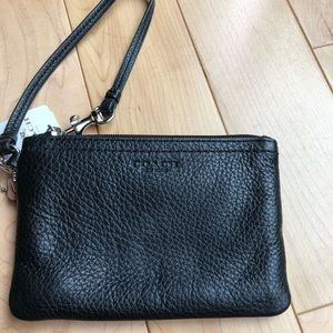 COACH -black leather wristlet
